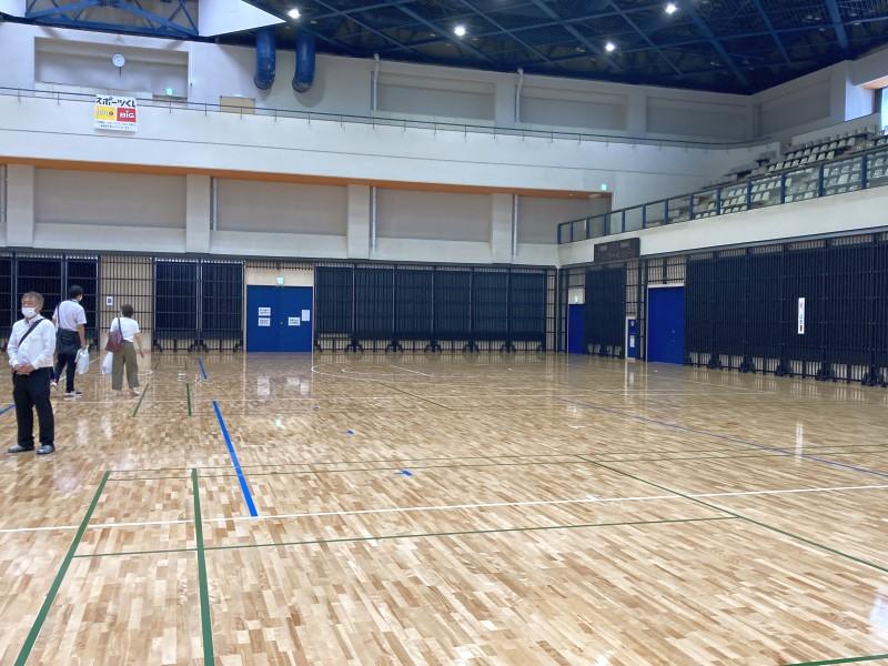柏市中央体育館内部